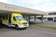 Zwischen Freud und Leid: Wird die vorgeschlagene Konzentration der stationären Leistungserbringung umgesetzt, steigen die Chancen für einen Spitalneubau in Wil. (Bild: Hans Suter)