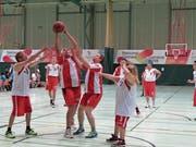 Das Basketballteam des SC Hüetli verpasste nur ganz knapp die Goldmedaille. (Bild: PD)