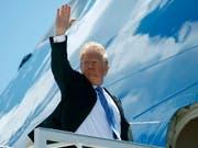 US-Präsident Donald Trump vor dem Abflug vom G7-Gipfel in Kanada. (Bild: KEYSTONE/AP/EVAN VUCCI)