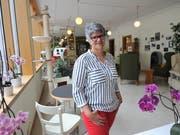Geschäftsleiterin Ursulina Cadruvi im neu gestalteten Aufenthaltsraum. (Bild: Urs Hanhart (Altdorf, 9. Juni 2018))