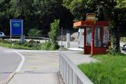 Postautohaltestelle in der Ei in Sarnen in Richtung Langis. (Bild Adrian Venetz (27. August 2015))