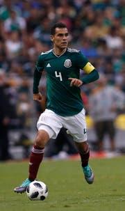 Der älteste Feldspieler der WM: Der 39-jährige Rafael Marquez. (Bild: Rebecca Blackwell/AP)