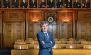 Seit elf Jahren hat Beat Landolt Einsitz im Kantonsrat und wohnt somit den Debatten im Saal bei. Im kommenden Jahr wird er als Präsident die Sitzungen leiten. (Bild: Urs Bucher)