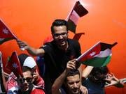 Jordanien braucht dringend Geld: Eine geplante Steuererhöhung löste vergangene Woche massive Strassenproteste aus. (Bild: KEYSTONE/EPA/AMEL PAIN)