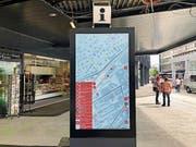 Dieser Touch-Bildschirm gibt jetzt schon Auskunft über Angebote und Wegbeschreibungen. (Bild: PD)