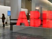 Mögliche Folgen des Handelsstreit: Rund 4000 ABB Stellen in den USA könnten laut ABB-Chef Ulrich Spiesshofer gefährdet sein. (Bild: KEYSTONE/WALTER BIERI)