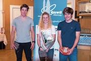 Von links: Gianluca Amstutz, Vivianne Härri und Matteo Amstutz wurden geehrt. (Bild: pd)