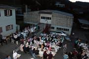 Im Islamischen Kulturzentrum in Wattwil hat am Samstag das grosse Fastenbrechen stattgefunden. (Bild: Emilie Jörgensen)