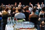 Das Podium im Kulturforum Amriswil stiess auf reges Interesse. (Bild: Manuel Nagel)