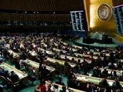 Die Uno-Generalversammlung hat am Mittwoch in einer Resolution das Verhalten Israels kritisiert. (Bild: KEYSTONE/EPA/JUSTIN LANE)