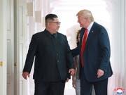 Baldiges Wiedersehen in Washington? Nordkoreas Machthaber Kim Jong Un nahm eine Einladung von US-Präsident Donald Trump an. (Bild: KEYSTONE/EPA KCNA)