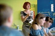 Annamarie Bürkli während einer Französischlektion. (Bild: Corinne Glanzmann (Eschenbach, 25. Mai 2018))