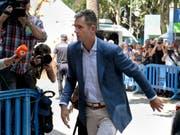Ihm bleiben fünf Tage bis zum Haftantritt: Iñaki Urdangarín, der wegen Veruntreuung öffentlicher Gelder verurteilte Schwager des spanischen Königs Felipe VI. - hier beim Eintreffen am Gerichtsgebäude in Palma de Mallorca. (Bild: Keystone/AP/JOAN LLADO)