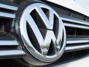 VW zahlt wegen Dieselskandal Milliardenbusse in Deutschland (Bild: KEYSTONE/EPA/MICHAEL REYNOLDS)