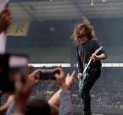 Dave Grohl von Foo Fighters im Stade de Suisse (Bild: Corinne Glanzmann (Bern, 13. Juni 2018))