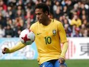 Hat die volle Bewunderung von Lucien Favre: Brasiliens Superstar Neymar (Bild: KEYSTONE/AP/MICHEL SPINGLER)