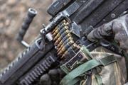 Munition eines leichten Maschinengewehrs der Schweizer Armee. (Symbolbild: Gaëtan Bally/Keystone)