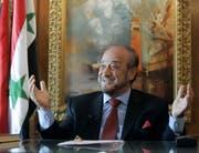 Gegen Rifaat al-Assad, den Onkel des syrischen Machthabers Baschar al-Assad, eröffnete die Bundesanwaltschaft 2013 ein Strafverfahren wegen Verdachts auf Kriegsverbrechen. (Paul White/AP, Marbella, 27. Mai 2005)