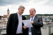 CVP-Kandidat Patrick Schnellmann (links) und SVP-Kandidat Felix Müri machten beim ersten Wahlgang die besten Resultate. Bild: Corinne Glanzmann (Emmen, 10. Juni 2018)
