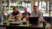 Unser Ticker-Team: (v.l.) Marcel Elsener, Ralf Streule und Christof Krapf. (Bild: Marco D'Agostino)