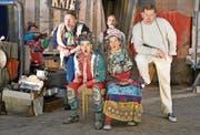 Musik und Lieder verleihen dem Klassiker im Schwander Alptheater neuen Zauber und Glanz. (Bilder: Romano Cuonz (Stalden, 13. Juni 2018))