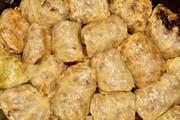 Sie dürfen bei einer serbischen Mahlzeit nicht fehlen: Sarma, Kohlrouladen mit Hackfleisch und Reis. (Bilder: Getty)