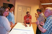 Intensiv diskutierten Kirchbürgerinnen und Kirchbürger aus Affeltrangen, Braunau und Märwil die zukünftige Zusammenarbeit. (Bild: PD)