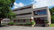 Das Schulhaus Höfli in Ebikon. (Bild: PD)