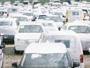 Die Verkäufe von Neuwagen sind im Mai in Europa nur schwach gewachsen. (Bild: KEYSTONE/CHRISTIAN BEUTLER)