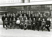 Das Lehrerkollegium des Kanti-Untergymnasiums im April 1967 mit seinem Rektor Hans Marfurt (vordere Reihe, 5. von links). (Privates Archivbild)