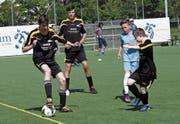 Voller Einsatz beim Spiel zweier «Special Needs Teams» beim letztjährigen Inklusionsturnier in der Zuger Herti. (Bild: Werner Schelbert (27. Mai 2017))