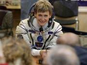 Niemand war bisher länger im All als die US-Astronautin Peggy Whitson. Nun zieht sie sich zurück. (Bild: KEYSTONE/AP POOL/DMITRI LOVETSKY)