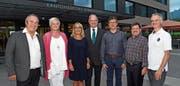 Der um ein Mitglied erweiterte und wiedergewählte Vorstand der Spitex Obwalden (von links): Peter Kälin (neu), Yvonne Lose, Geschäftsführerin Irène Röttger, Präsident Hans Wallimann, Hansjörg Bucher, Roland Bucher und Werner Amport. (Bild: Robert Hess (Sarnen, 14. Juni 2018))