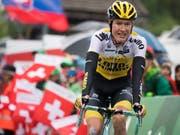 Wilco Kelderman vom Team LottoNL-Jumbo ist in der Gesamtwertung erster Verfolger von Richie Porte (Bild: KEYSTONE/GIAN EHRENZELLER)