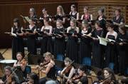 Das Vokalensemble Luzern und das Orchester Capriccio fanden musikalisch perfekt zueinander. (Bild: Corinne Glanzmann (15. Juni 2018)