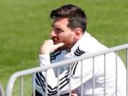 Ruhe vor dem Sturm: Argentiniens Star Lionel Messi ist vor dem WM-Startspiel gegen Island gelassen (Bild: KEYSTONE/AP/RICARDO MAZALAN)