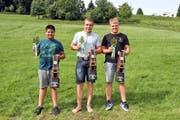 Die drei Toggenburger Festsieger Appiwat Grob, Marco Forrer und Manuel Bollhalder (von links). (Bild: Pascal Schönenberger)