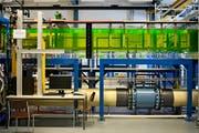 Der neue Wasserkanal der ETH Zürich und der Empa ermöglicht es, Windflüsse in urbanen Zonen zu studieren. (Bild:Walter Bieri/KEY)