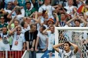 Fühlt sich oft alleingelassen: Verteidiger Mats Hummels. (Bild: Eduardo Verdugo/AP (Moskau, 17. Juni 2018)
