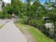 Wie sicher ist der Schulweg in Lütisburg? Der Schulrat prüft den Einsatz eines Lotsendienst. (Bild: Martina Signer)