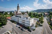 Das Notkerschulhaus wird für rund 20 Millionen Franken umgebaut. (Bild: Michel Canonica)