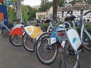 Selbst am Luzerner Kasernenplatz sind Nextbike-Velos aus Ob- und Nidwalden anzutreffen. (Bild: Matthias Piazza (Luzern, 18. Juni 2018))
