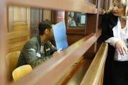 Der 19-jährige Angeklagte griff sein Opfer mit einem Gürtel an. Bei der Gerichtsverhandlung war der junge Mann stark verunsichert und beteuerte, nicht streng religiös zu sein. (Bild: Michele Tantussi/Getty; 19. Juni 2018)
