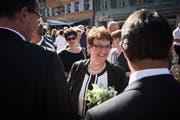 Blumen für die höchste Luzernerin: Hildegard Meier-Schöpfer feiert ihre Wahl. Bild: Jakob Ineichen (Willisau, 19.Juni 2018)