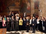 Das katalanische Regionalparlament an der Vereidigungszeremonie in Barcelona. (Bild: KEYSTONE/EPA EFE/TONI ALBIR)