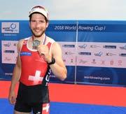 Michael Schmid war am Samstag nach dem Ruder-Weltcup in Belgrad sichtlich erleichtert. Bild: PD/Detlev Seyb