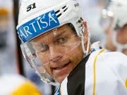 Der frühere Topspieler Ryan Gardner ist von Swiss Hockey als zusätzlicher Experte für die Beurteilung von potenziell unkorrekter Zweikampf-Härte eingestellt worden (Bild: KEYSTONE/PETER KLAUNZER)