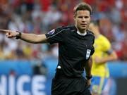 Felix Brych steht bei Schweiz gegen Serbien im Einsatz (Bild: KEYSTONE/EPA/OLIVER WEIKEN)