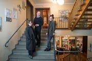 Das Rathaus für Kultur wurde initiiert von Sirkka Ammann (links), Maurin Gregorin und Maura Kressig. (Bild: Ralph Ribi)
