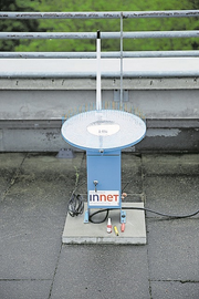 Der erste Hagelsensor wurde auf dem Dach der Universität Bern installiert. Bild: PD